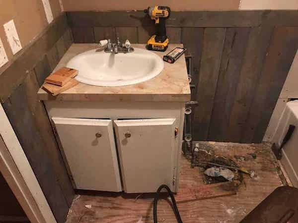 400 Bathroom Remodel In Our Mobile Home Braustin A Better Way Home