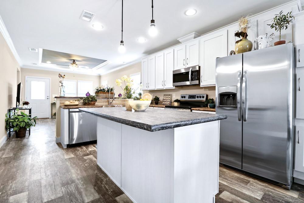 Developer mobile home model Crenshaw kitchen view 12