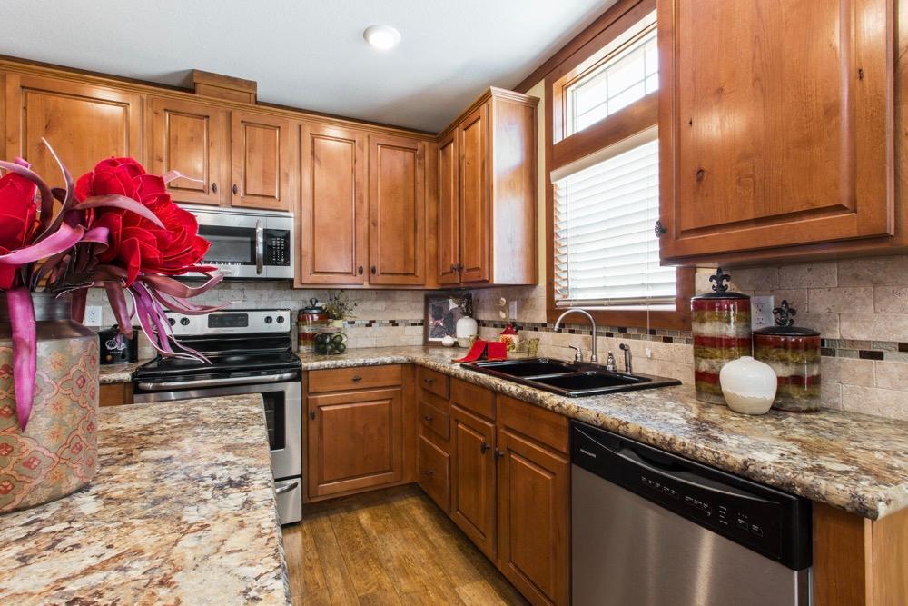clayton mobile home stewart 28 kitchen view 2