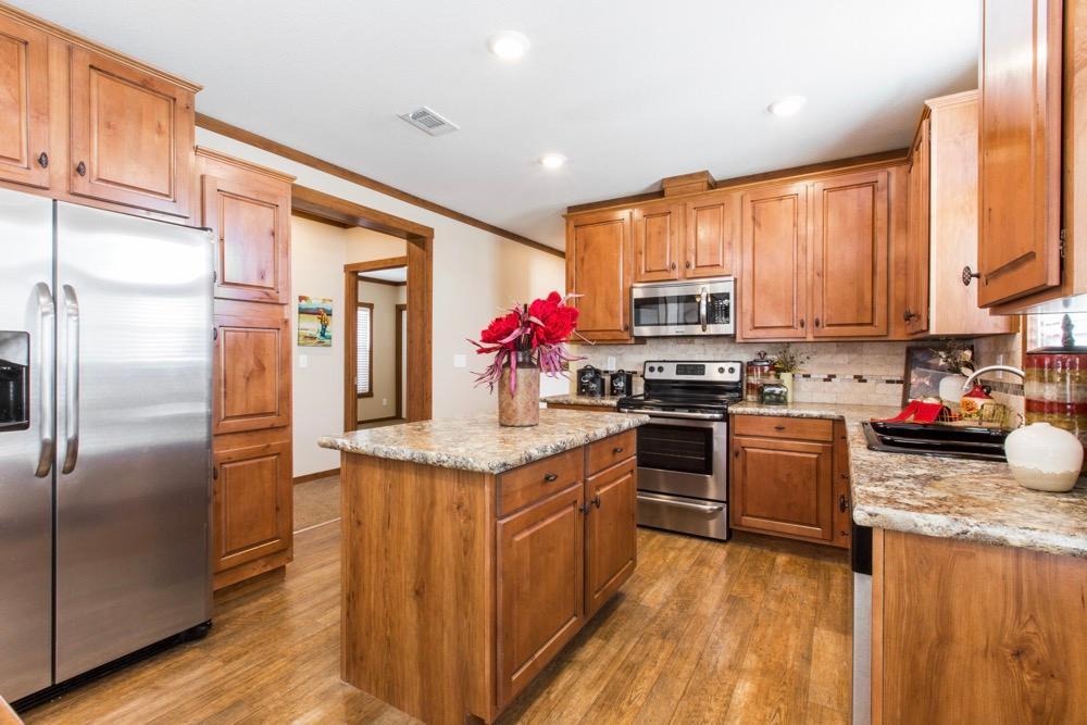 clayton mobile home stewart 28 kitchen view 3
